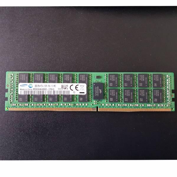 Samsung DIMM 32GB, DDR4-2133, CL15-15-15, reg ECC (M393A4K40BB0-CPB4Q) *Demontage*